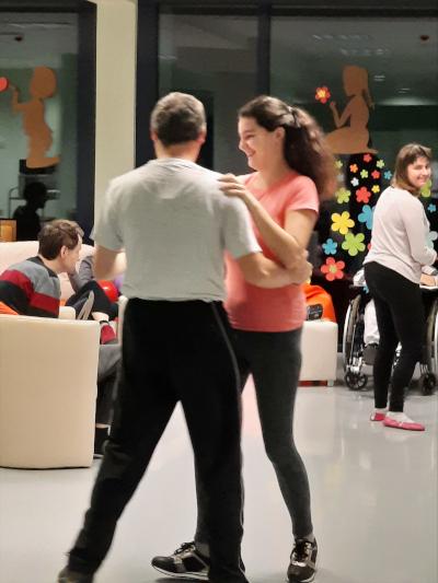 Plesni večer